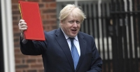 Brexit : Boris Johnson envers et contre tous